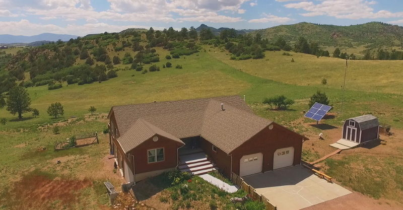 Mountain Vista Ranch Custom Home on 38.9 acres Borders BLM