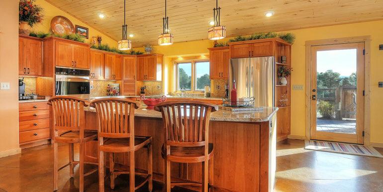 11890 Saddle Ridge Ln Salida-large-007-47-kitchen1-1500x988-72dpi