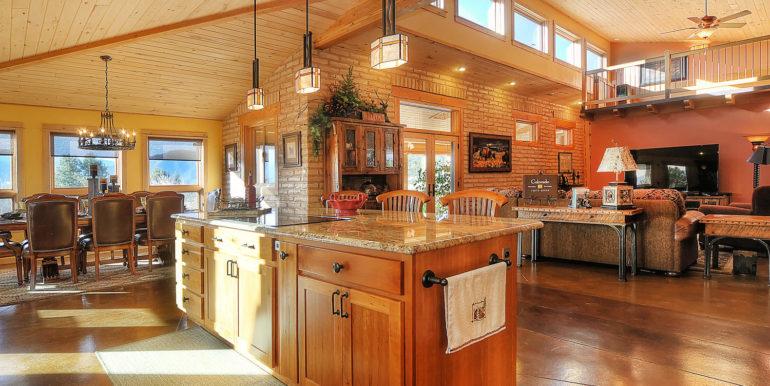 11890 Saddle Ridge Ln Salida-large-009-43-kitchen4-1500x997-72dpi