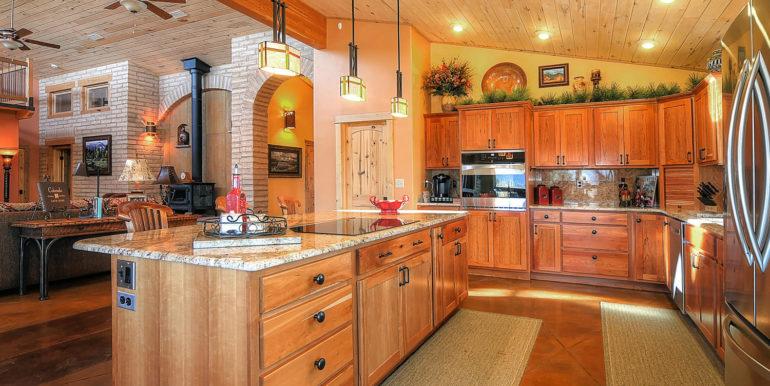 11890 Saddle Ridge Ln Salida-large-010-45-kitchen5-1500x997-72dpi