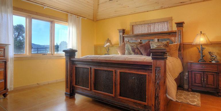 11890 Saddle Ridge Ln Salida-large-019-29-master bed1-1500x977-72dpi