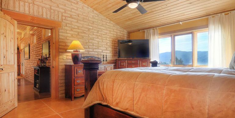 11890 Saddle Ridge Ln Salida-large-020-37-master bed3-1500x996-72dpi