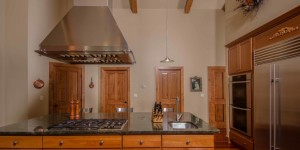 This could be your kitchen - Hidden Hills